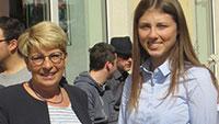 Girls' Day mit Gabriele Katzmarek - Vivien Woszek zum im Berliner Büro der Bundestagsabgeordneten
