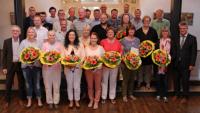 OB Hubert Schnurr und 20 Mitarbeiter mit Ehrungsmarathon - Sieben Mitarbeiter dienen schon 30 Jahre den Bürgern
