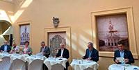 """""""Rastatter Vertrag"""" unterzeichnet – Grundlagenvereinbarung zur Werksentwicklung Mercedes-Benz Rastatt"""
