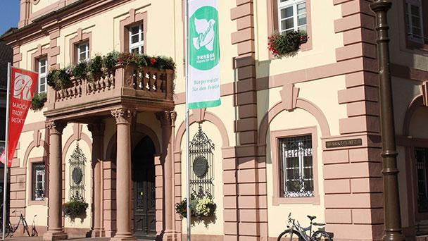 Demonstration für den Frieden in Rastatt - Flaggentag der Bürgermeister am Samstag