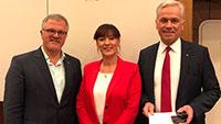 Oberbürgermeister Pütsch feiert Verdienste von Stadträte Fischer und Maier-Rechenbach
