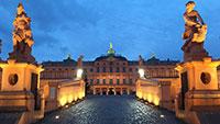 Weihnachtslichtermeer in Rastatt - Barockresidenz erstrahlt in hellem Licht