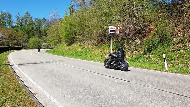 """Erhebungen zu Motorradaufkommen und Motorradlärm in Gaggenau – """"Messungen erfolgen landesweit und dauern pro Standort zwei Wochen"""""""