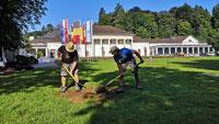 Vorarbeiten für Ausstellung im Kurgarten – BBE verspricht: Kurgarten wird in ursprünglichen Zustand versetzt