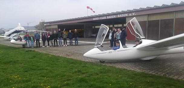 Spannender Besuch auf dem Baden-Badener Segelflugplatz