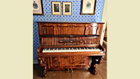 Ein großer Tag für Baden-Baden und sein Brahmshaus – Endlich ein historisches Klavier im Haus des großen Komponisten