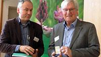 Wieder eine Auszeichnung für Gunter Kaufmann – Schwerwiegende Eingriffe in Rheinauen bei Daimler-Ansiedelung verhindert – Ehrennadel des Naturschutzverbandes