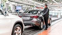 Schon fünf Millionen Kompakt-Mercedes aus Rastatt – Produktionsstart der neuen A-Klasse Limousine