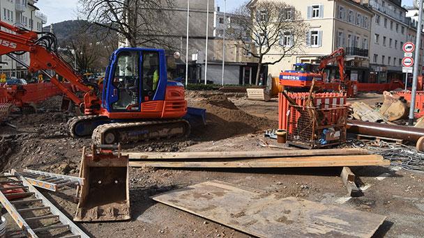 """Rathaus Baden-Baden: """"Es läuft am Bertholdplatz"""" – Derzeitige Verkehrsführung bis Ende April"""