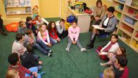 """OB liest """"Von Kindern, Katzen und Keksen"""" in Vincenti-Schule"""