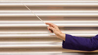 Auswahlkonzerte der Kandidaten für Posten des Philharmonie-Chefdirigenten – Vier von 16 in finale Auswahl berufen
