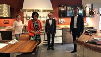 OB Mergen und GSE-Geschäftsführer Wieland zu Besuch bei Axthelm Küchen Creationen
