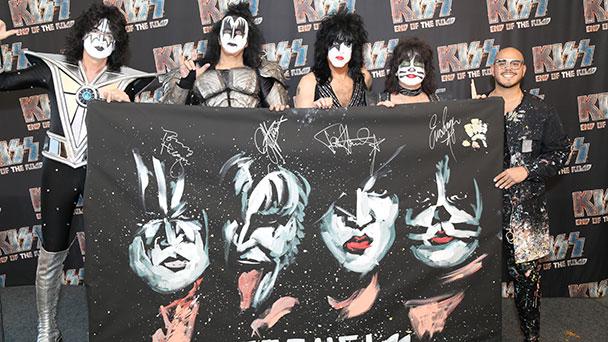 Gemälde von KISS-Rennbahn-Konzert bei Charity-Auktionsportal – Hoffnung auf Geldsegen für kranke oder traumatisierte Kinder