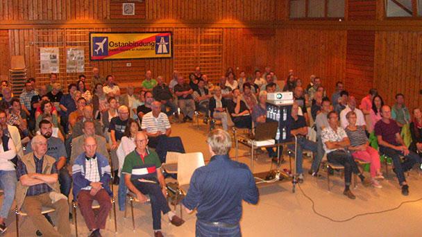 Widerstand gegen Ostanbindung mit Petition in Stuttgart - Unterschriftenaktion hat bereits 600 Unterzeichner