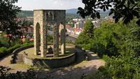 Geschichtsbewusstsein in Gernsbach – 1936 in der Zeit des Nationalsozialismus errichtetes Denkmal wird Mahnmal und Lernort