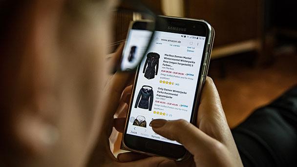 Ohne Handy geht nichts mehr und es wird es langweilig – Kurznachrichten, Termine vorbereiten, zocken und shoppen