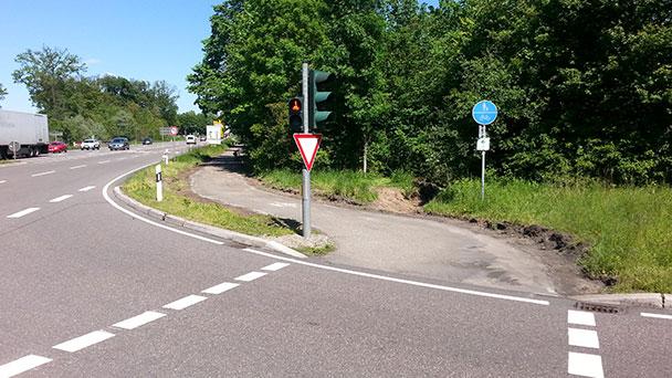 """Leserbrief """"meine Meinung"""" – """"Frühjahrsputz auf Straßen und Radwegen dringend angesagt"""" – """"Radweg plötzlich nur noch 1,90 Meter breit"""""""