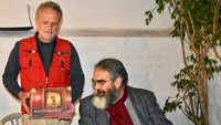 Baden-Badener Stadtrat Werner Henn in fernen Ländern – Mit Gastgeschenk in Ecuador