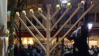 """Erste Chanukka-Feier auf Johannesplatz in Bühl – """"Obwohl es in Bühl aktuell keine große jüdische Gemeinde mehr gibt"""""""