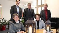 Oberbürgermeister Hubert Schnurr mit Besuch aus Bethlehem - Friedenslicht leuchtet auch im Rathaus