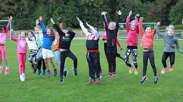 "Baden-Badener Leichtathleten mit neuem Trainingsprogramm in den Sommer - SCL Heel-Motto ""run – fun – fly"""