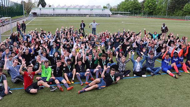 """Courage in Baden-Baden gefordert – """"Schule ohne Rassismus"""" - Sportfest der Louis-Lepoix-Schule"""