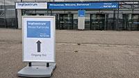 Zeitfenster im Impfzentrum Karlsruhe für Regelbetrieb freigeschaltet – Terminvergabe wird bundesweit koordiniert