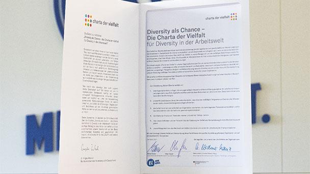 """Diversity-Tag auch beim KSC – """"Stolzer Unterzeichner der Charta der Vielfalt"""""""