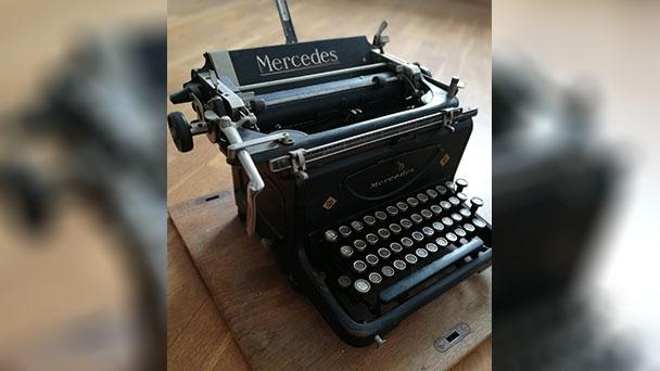 Mercedes-Schreibmaschine in Bühl – Ab Mai 1945 leitete Jakob Hatz ein Jahr die Geschicke des Landkreises Rastatt