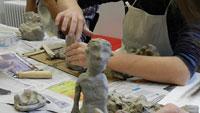 """Ferien-Workshop am Dienstag im Museum LA8 – """"Körperbilder – mit den Händen geformt"""""""