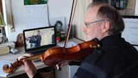"""Kreativ in der Corona-Krise – Musikschule bietet Online-Unterricht –  """"Chance, neue Wege in der Musikpädagogik auszuprobieren"""""""