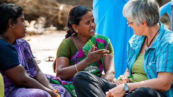 Vortrag in Bühl zum Umgang mit dem Geld – Frauen in Indien, Bolivien und Peru unterstützen und unabhängiger machen