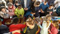 """Kuchenverkauf-Aktion am RWG für guten Zweck – """"Grenzenlosen Weihnachtsfreude 2019 für Kinder in Litauen"""""""