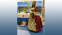 Charmante Hofdame auf Urlaubsmesse – Barockstadt Rastatt will begeistern