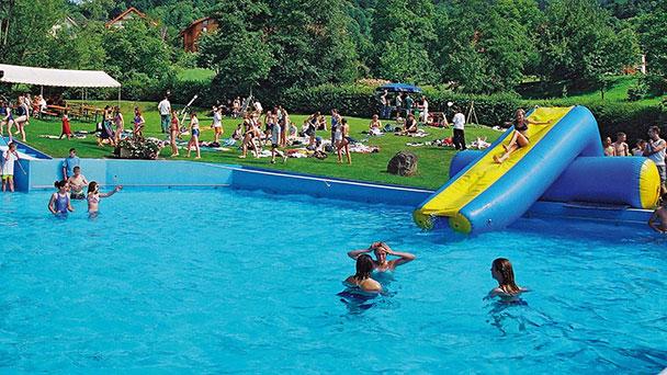 Nach jahrelangem Sanierungsstau – Lautenbacher Schwimmbad wird für 920.000 Euro erneuert