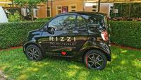 Ärger wegen RIZZI-Smart in der Allee – Stadtrat Niedermeyer kritisiert Sondergenehmigung