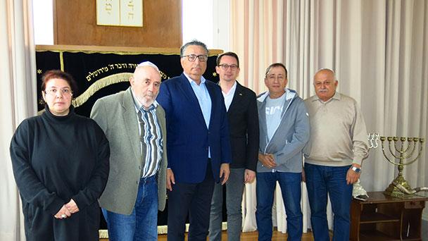 SPD-Abgeordneter Jonas Weber besuchte Baden-Badener Synagoge – Rami Suliman berichtet über Stand Synagogenneubau