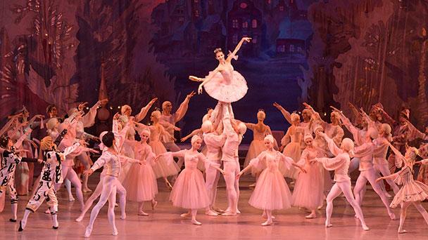 """""""Dornröschen"""" kommt an Weihnachten ins Festspielhaus – Mariinsky-Ballett auch noch mit Nussknacker und Jewels"""