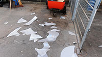 Vandalen zertrümmern Lichtkuppel - Zerstörungen an Hansjakobschule und Kulturforum