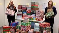 """Zum 25. Mal """"Weihnachten im Schuhkarton"""" – 286 Päckchen für Kinder in sozial schwachen Familien abgegeben"""