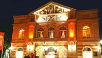 Baden-Baden heute in Orange – Weltweites Zeichen zur Elimination von Gewalt gegen Frauen – Mitmach-Aktion von SI Clubs und Zonta Club