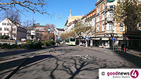 Schwerverletzter Rollerfahrer in Baden-Badener Innenstadt - Vermutlich zu schnell in Ludwig-Wilhelm-Platz abgebogen und Kurve geschnitten