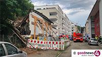 Hauseinsturz am Sonntag in Baden-Badener Balzenbergstraße – Feuerwehr und THW im Einsatz – Stadtverwaltung musste handeln