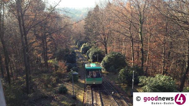 Merkur-Bergbahn fährt in der Silvesternacht