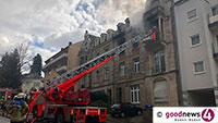 Feuer in Baden-Badener Innenstadt - Fünf Verletzte - Bewohner aus dem Fenster gesprungen - Staatsanwalt ermittelt wegen versuchten Mordes