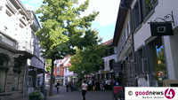 Verkaufsoffener Sonntag in Bühl – Bushaltestelle blockiert