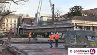 Alte Fieser-Brücke wird abtransportiert – Bis zu 45 Tonnen schwere Brückenteile schweben durch die Luft