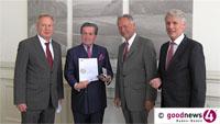 """Hohe Auszeichnung für Richard Schmitz - Wolfgang Grenke: """"Hat 35 Jahre die Kammer geprägt"""" - """"Weiterhin für Beziehungen zu Russland zuständig"""""""