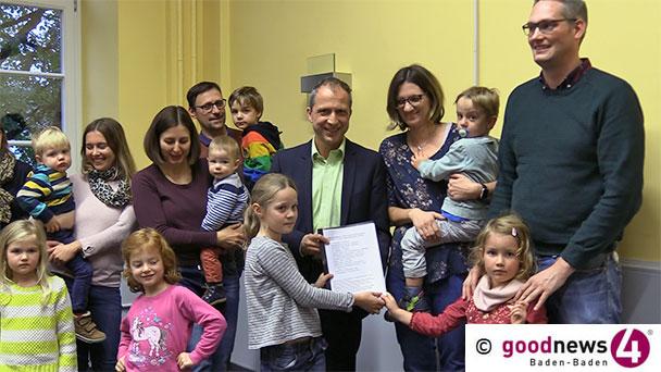 """Fast 500 Unterschriften für gerechtere Kita-Gebühren in Baden-Baden – Bürgermeister Kaiser: """"Wir haben als grobe Orientierung 850.000 Euro berechnet"""""""