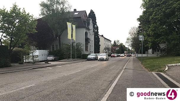 Unfallflucht in Ooser Bahnhofstraße – Polizei sucht silbernen Mercedes CLK